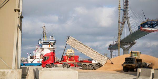 trafico-portuario-de-cadiz-decae-primer-trimestre