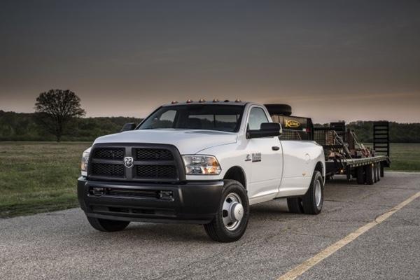 Chrysler llama a revisión vehículos en México