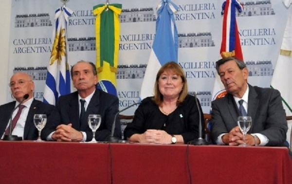 Mercosur, Australia y Nueva Zelanda retoman negociaciones acuerdo comercial