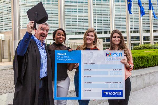 Ryanair con estudiantes Erasmus