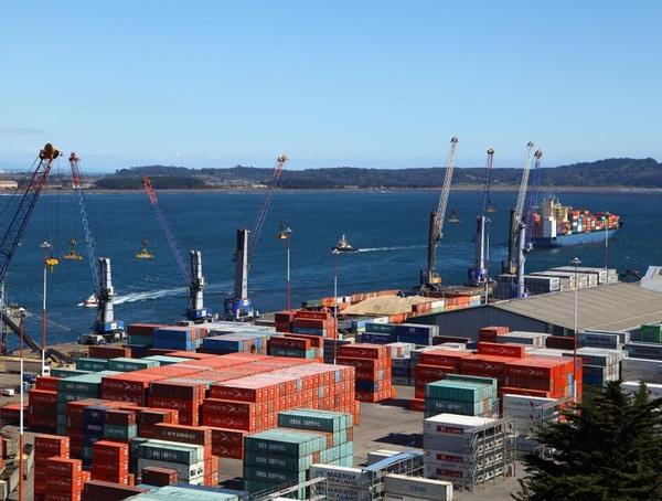 SVTI atiende a dos buques factoría de forma simultánea
