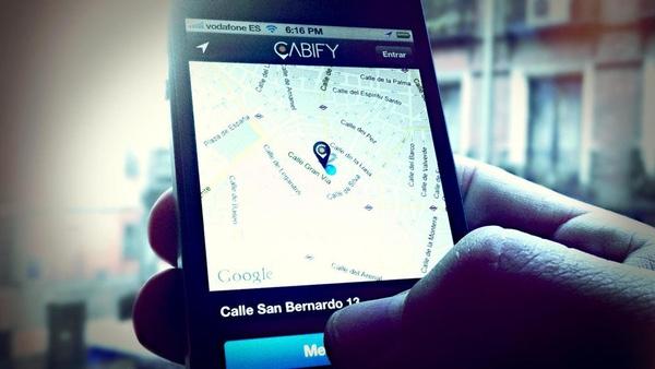 Uber y Cabify siguen en el punto de mira de los taxistas