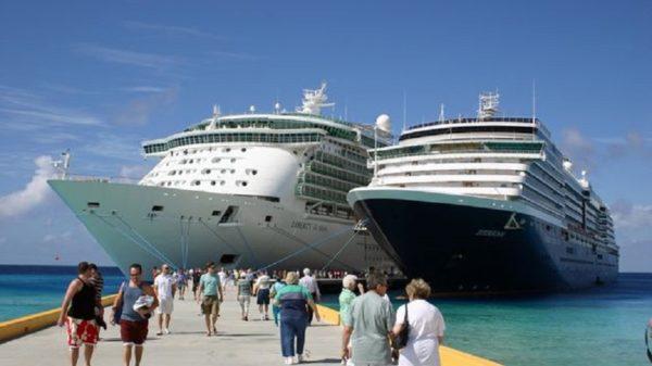 puerto-de-Palamos-reabre-la-temporada-de-cruceros