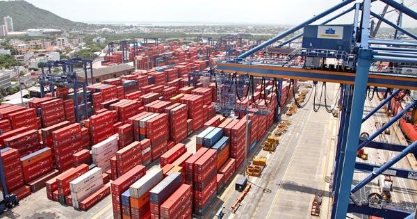 Balanza comercial brasilena suma cinco meses de saldo favorable