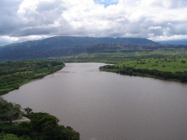 Cuatro empresas presentan ofertas para dragar el rio Magdalena (Colombia)