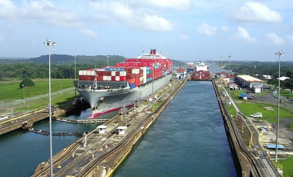 Empresa china construye puerto en Canal de Panama