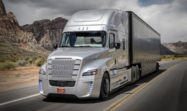 México ve lejos el uso de camiones autónomos