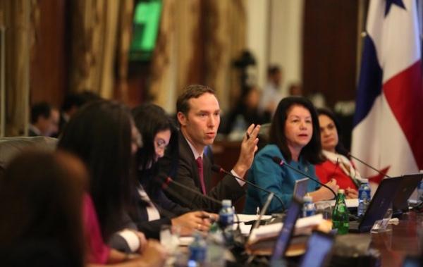 Panama y Colombia negocian una solucion a su conflicto