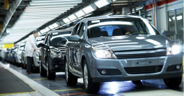 Produccion automotriz mexicana crece en mayo