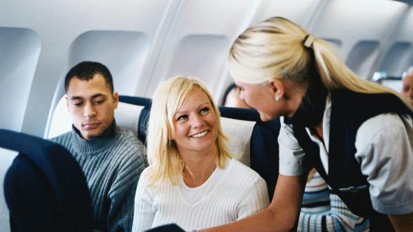 azafata-aerolinea-escandinava-SAS