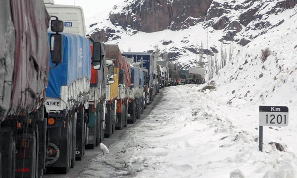 Chile y Argentina quieren mejorar logistica en el paso Cristo Redentor