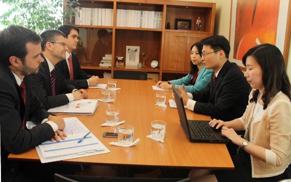 Chile y China avanzan en negociaciones sobre TLC