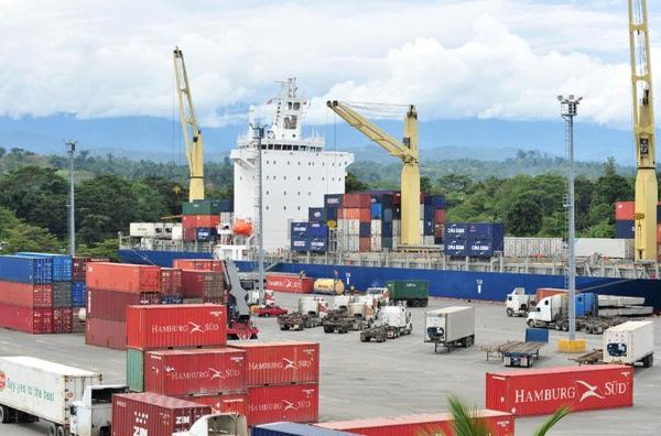 Costa Rica vuelve a retrasar apertura de puerto de Moin