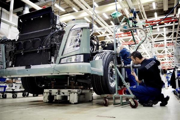 Produccion de camiones en Mexico esta en niveles bajos