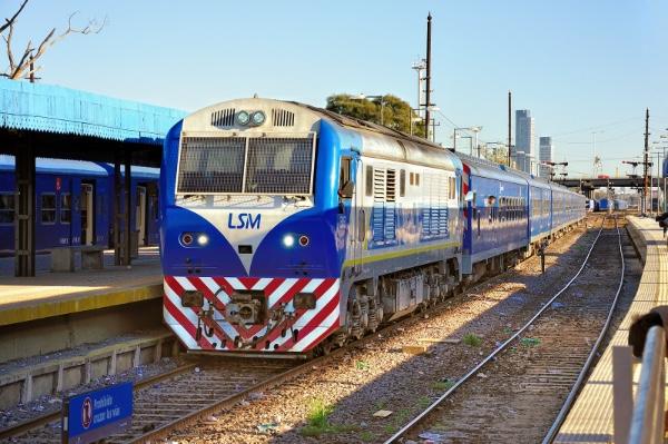 Argentina mejora Ferrocarril San Martin