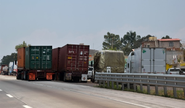 Guanajuato (Mexico) tendra paraderos seguros para camioneros