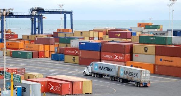 Movimiento de contenedores en Peru no tiene precio competitivo