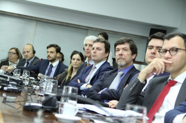 Reino Unido dispuesto a invertir en Brasil
