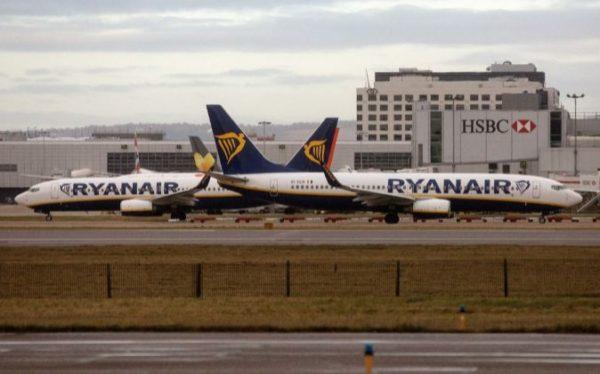 Ryanair contratar 250 expertos para sus oficinas de for Oficina ryanair madrid