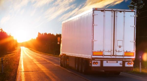 Valor del intercambio de carga entre Mexico y Estados Unidos esta en aumento