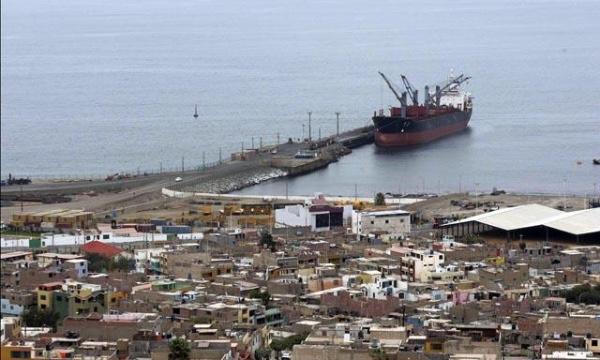 Bolivia y Peru negocian sobre tarifas de carga en Ilo