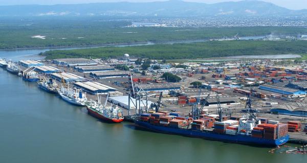 Ecuador comienza la construccion de su obra portuaria mas grande