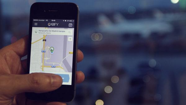 Firmas VTC estarán obligadas a portar matrícula diferente a los taxis