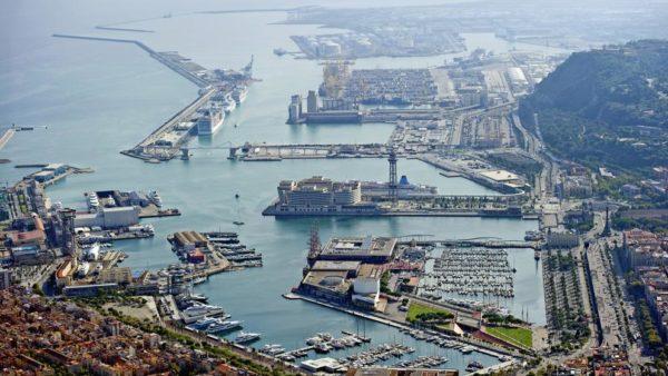 Puerto de Barcelona registra un 57% de contrataciones online para transporte