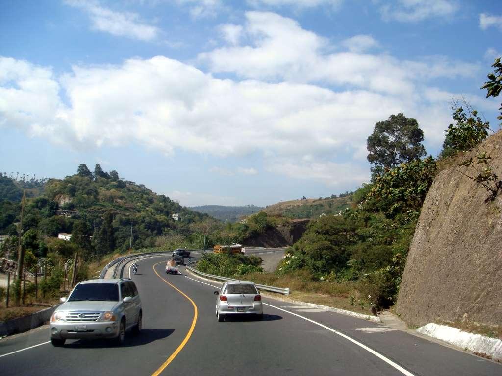 Empresarios promueven que Guatemala tenga en 15 años la mejor red vial de América Latina