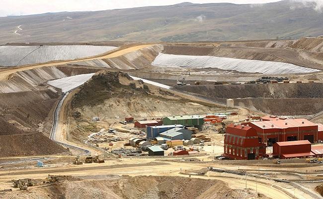 Más de 20 empresas compiten por explotar la mina de cobre Michiquillay en Perú