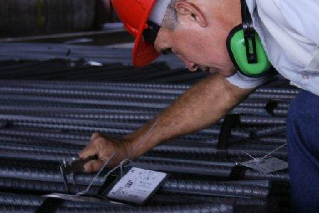 Empresas de Cuba y Rusia firman millonario contrato para modernización de fábrica