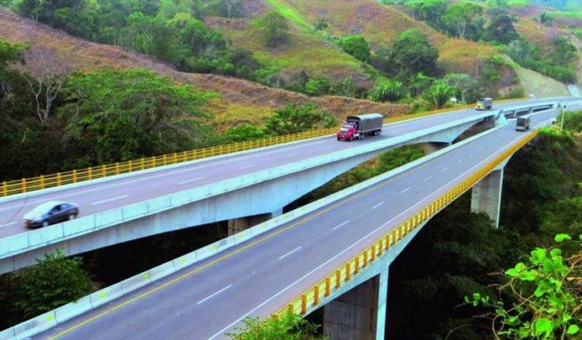 Colombia anuncia inversiones en infraestructura con recursos de la venta de Isagen