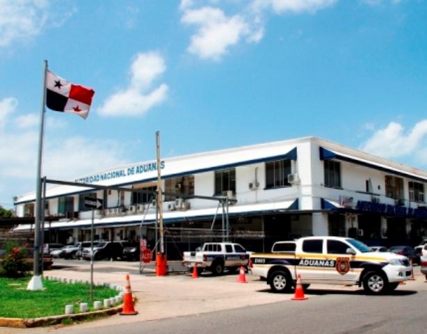 Panamá construirá infraestructura de servicio aduanero en la frontera con Costa Rica