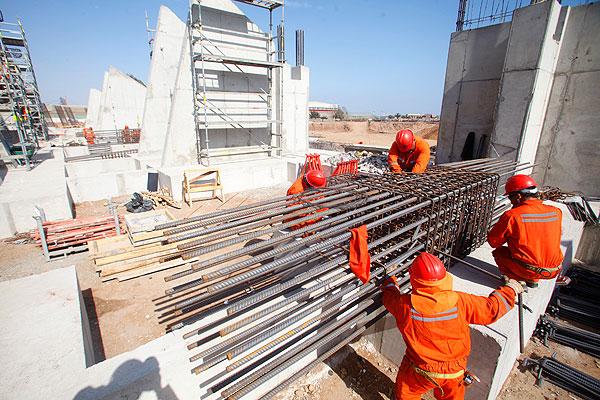 Actividad de construcción en Chile suma 14 meses de caídas