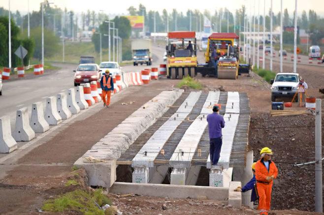 Banco Mundial y Argentina firman créditos para mejorar infraestructuras en la cuenca del Río Salado