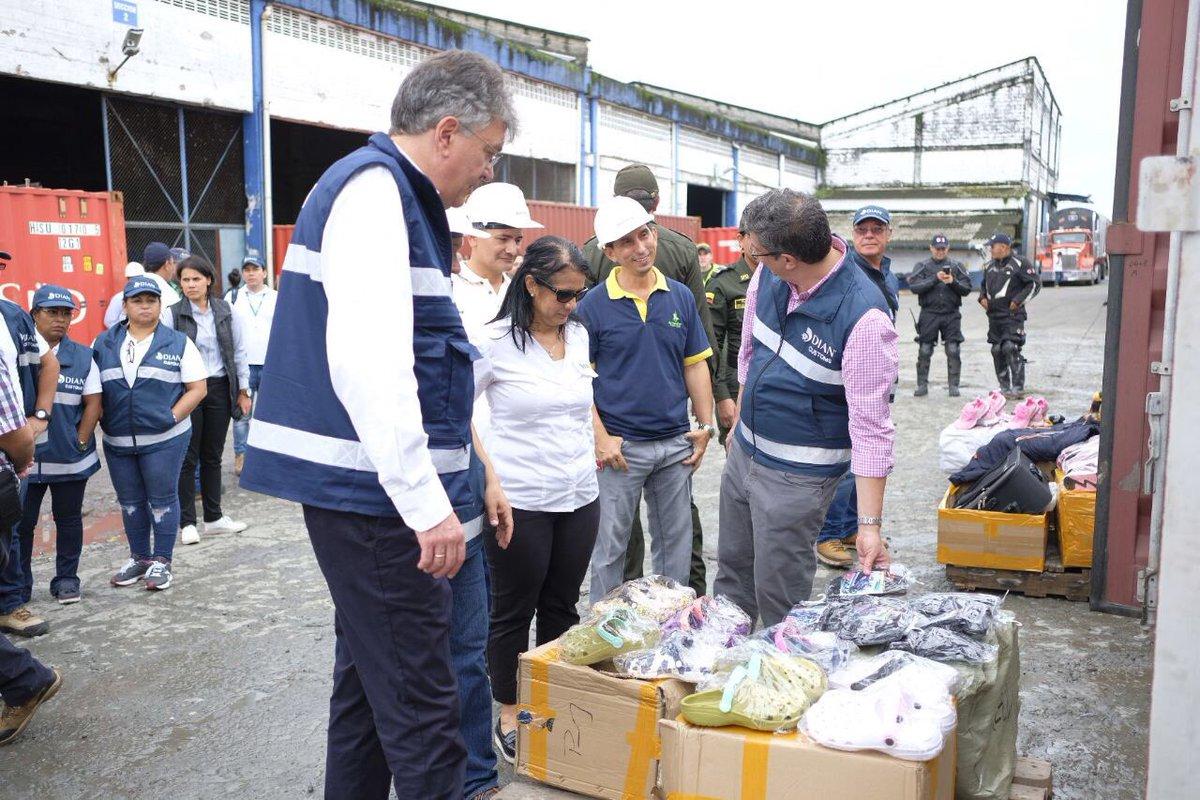 Colombia hace frente al contrabando de calzado y confecciones procedentes de China