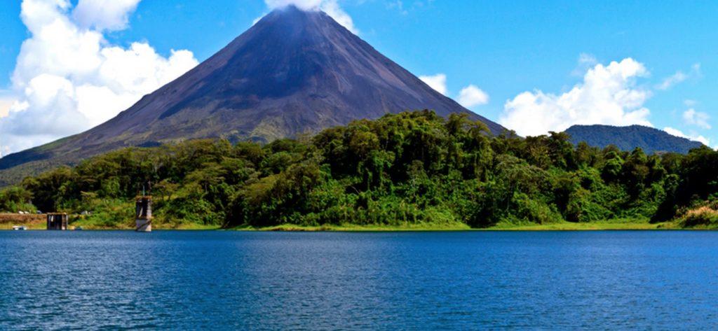 Costa Rica destaca su posicionamiento mundial en turismo sostenible