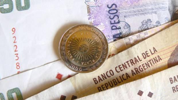 Argentina registró un déficit comercial de 1.541 millones de dólares, según Indec