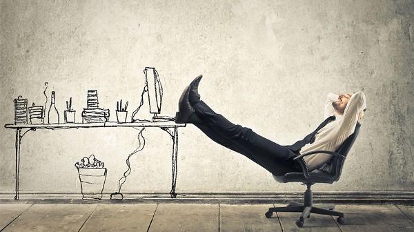 Autonomo-trabajando-en-casa