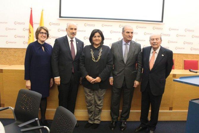 Colombia hace llamado a empresarios españoles para invertir en el país latinoamericano