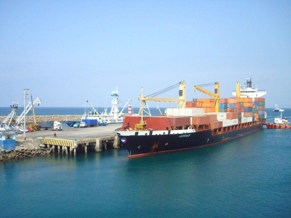 Invertirán 4,5 millones de dólares en dragado del Puerto de Manta, en Ecuador