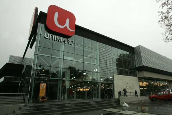 La cadena de supermercados de Chile SMU anuncia emisión de 400 millones de acciones