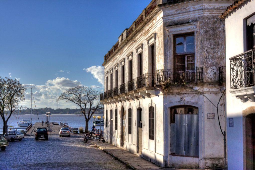 Uruguay realizará inversiones en un Centro de Información de Colonia por aumento de turistas
