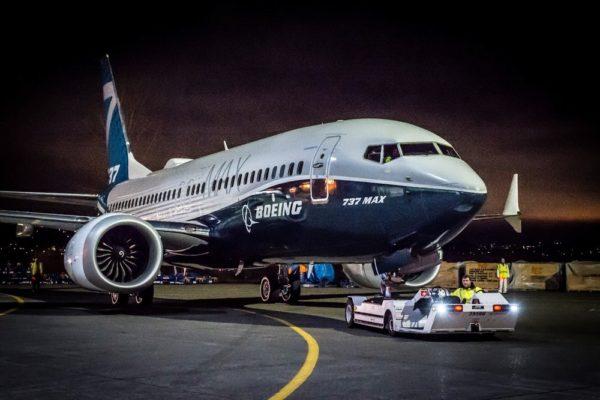 737 MAX 7
