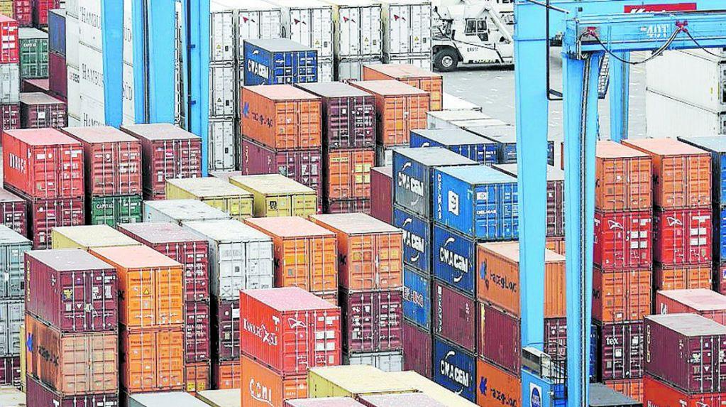 Comisión Europea impone multas a cártel de transporte de vehículos por mar, que incluye una empresa chilena