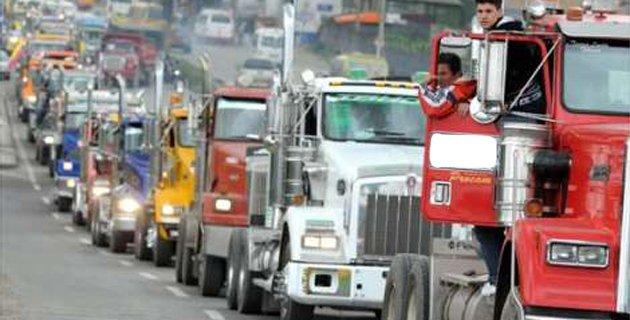 Costos de transporte de carga por carretera en Colombia subieron 4,72% en 2017