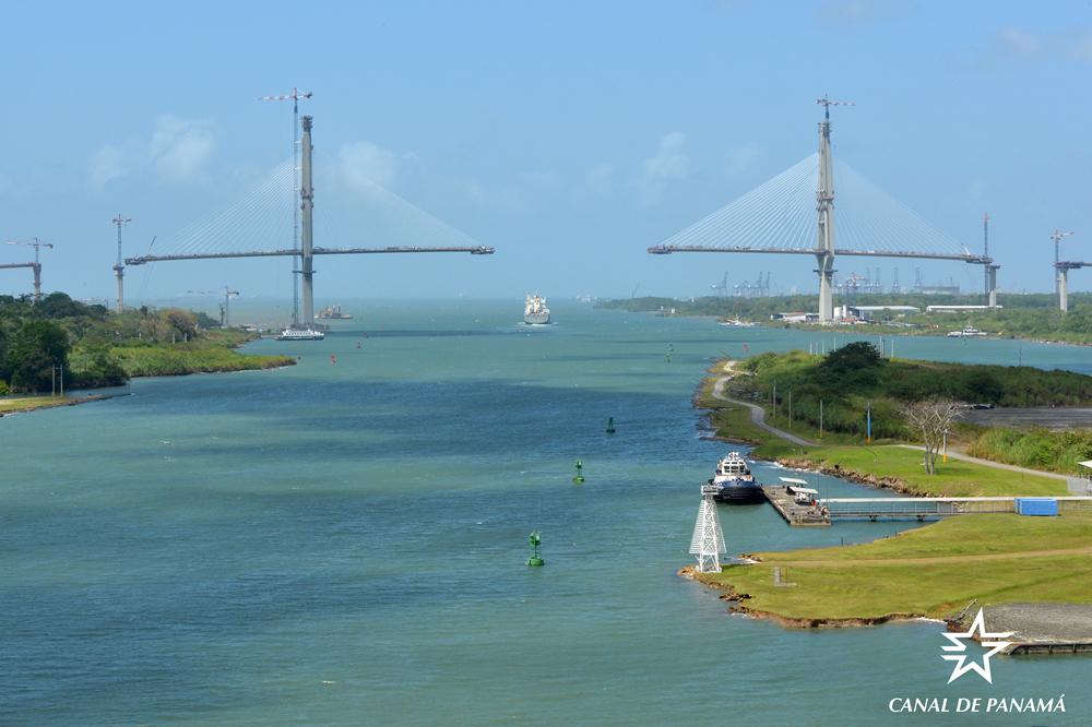 El puente que cruzará el canal de Panamá a 75 metros de altura estará listo en el primer semestre de este año