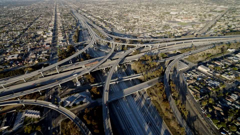 Estados Unidos anuncia inversiones de 1,5 billones para todo tipo de infraestructura