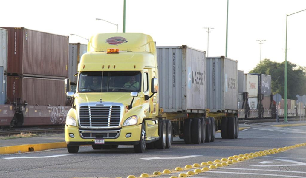 México considera el autotransporte de carga como una industria estratégica para su crecimiento