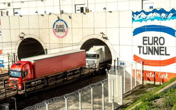 eurotunnel camiones